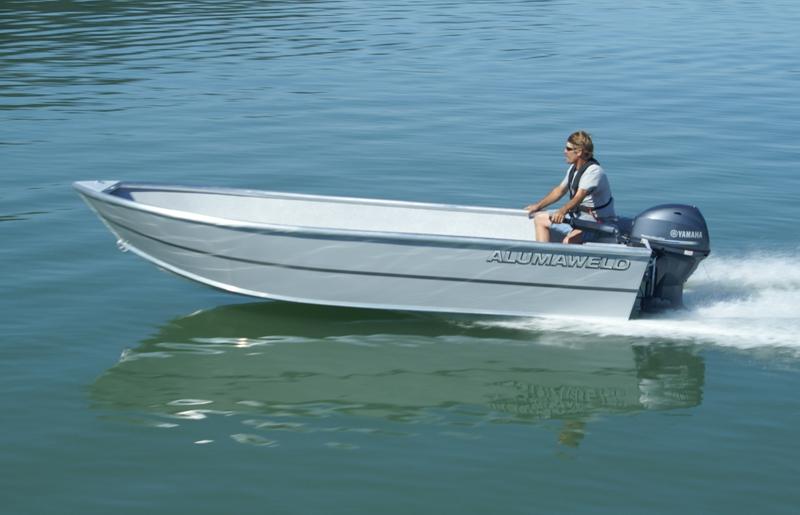 Alumaweld premium welded aluminum fishing boats for sale for Trolling motor for 18 foot boat
